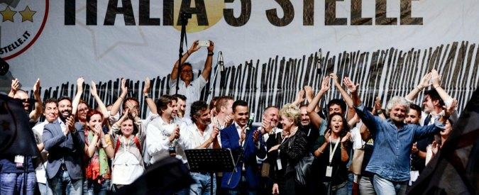 """Le """"clandestinarie"""" di Beppe Grillo a Palermo"""