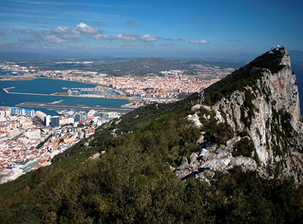 Gibilterra contesa tra Londra e Madrid