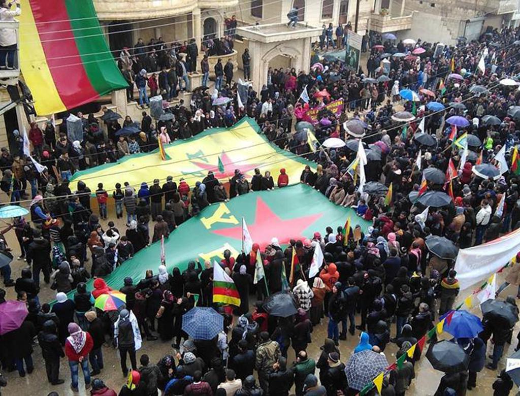 """Intervista a Davide Grasso, """"Siria e Rojava: di guerre e rivoluzioni""""."""