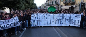 PROTESTA-CLIMA-MESSINA-2-758x505