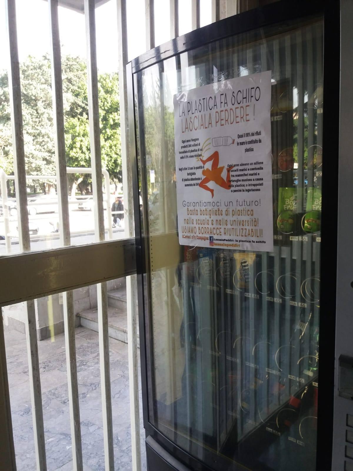 Palermo: gli studenti si mobilitano per l'abolizione della plastica