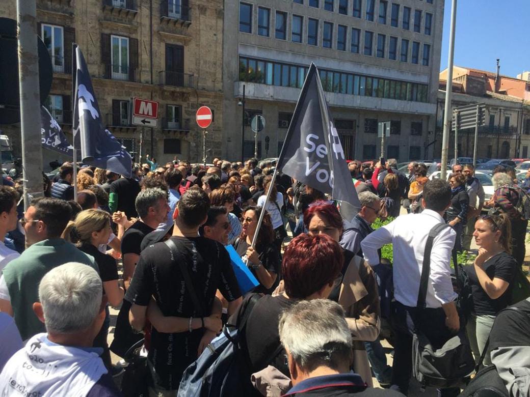 #sevolovoto: in centinaia a Palermo per rilanciare l'aeroporto di Birgi