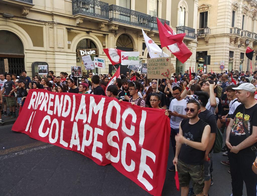 Catania: in centinaia per difendere il Cpo Colapesce!