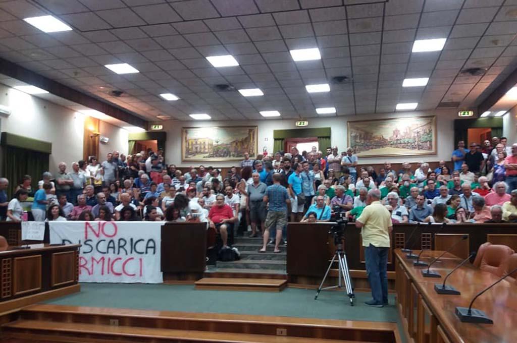 Fermare l'inceneritore dei Leonardi. 1 giugno assemblea di comitati e associazioni