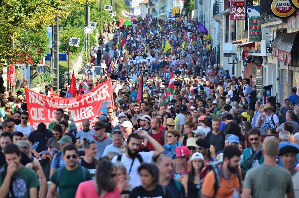 G7 di Biarritz: cacciare i colonizzatori