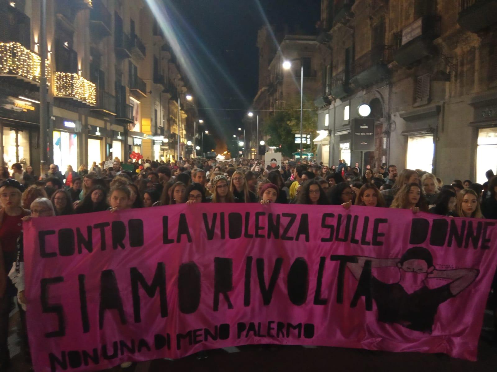 Sicilia: in migliaia contro la violenza sulle donne