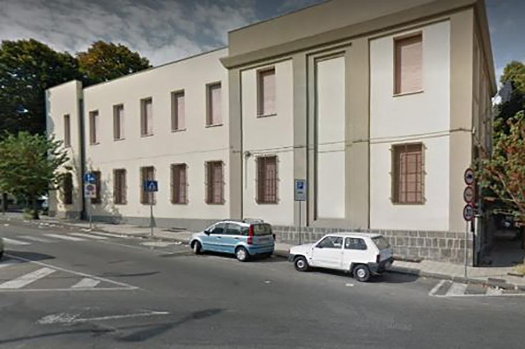 Messina: crollo in una scuola elementare del centro