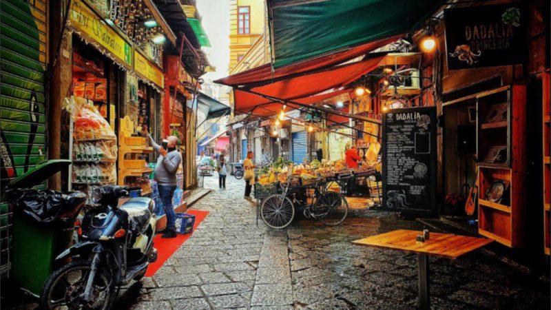 I mercati siciliani: tradizioni che resistono