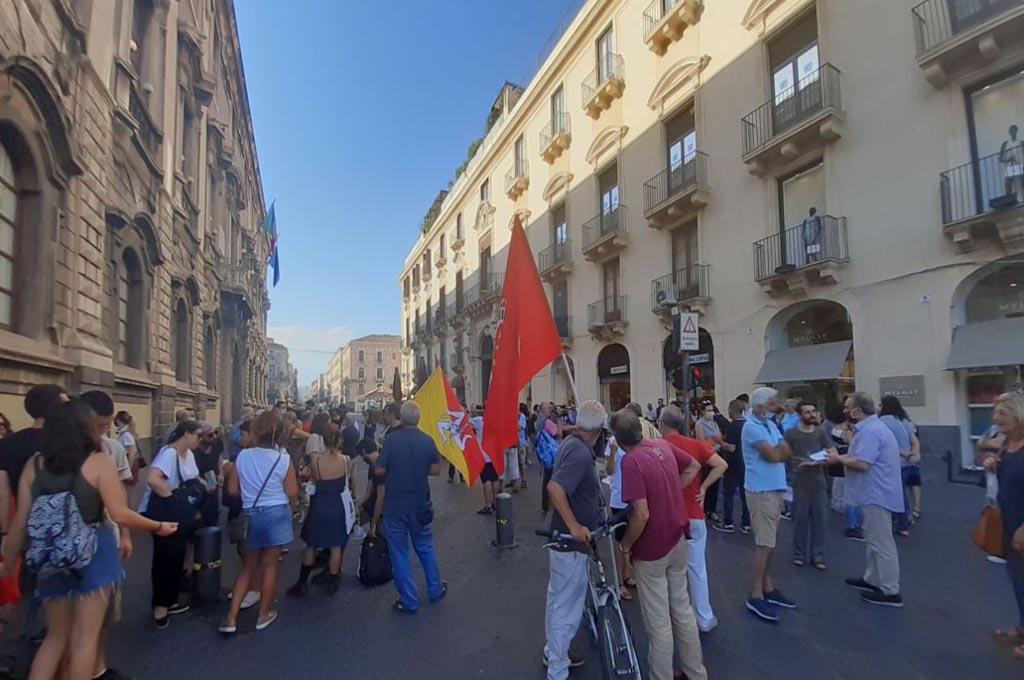 Contrada Coda Volpe: domani sit-in contro i Leonardi