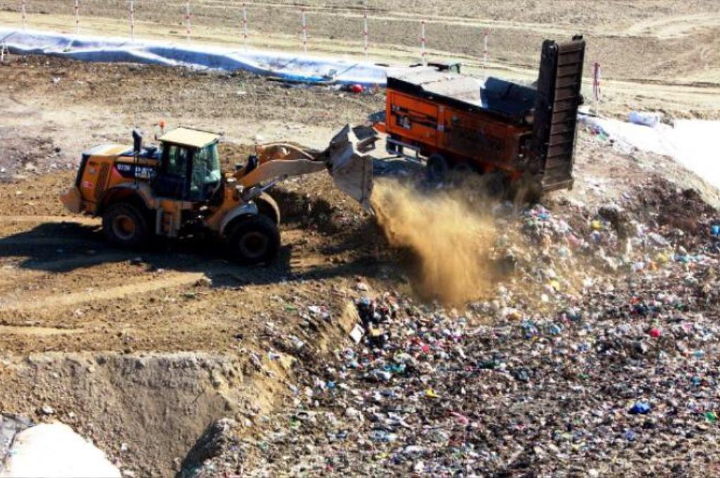 Il mondo dei rifiuti siciliano: mazzette e corruzione