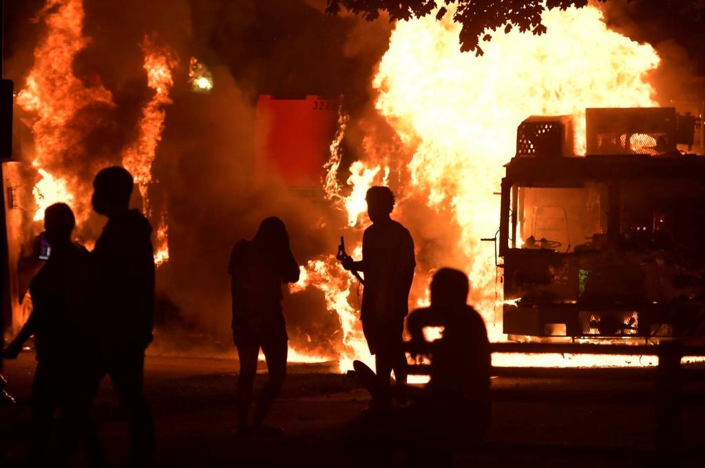 USA: ancora rivolte contro la violenza della polizia