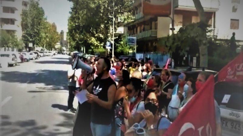 Continua la protesta degli assistenti igienico personali