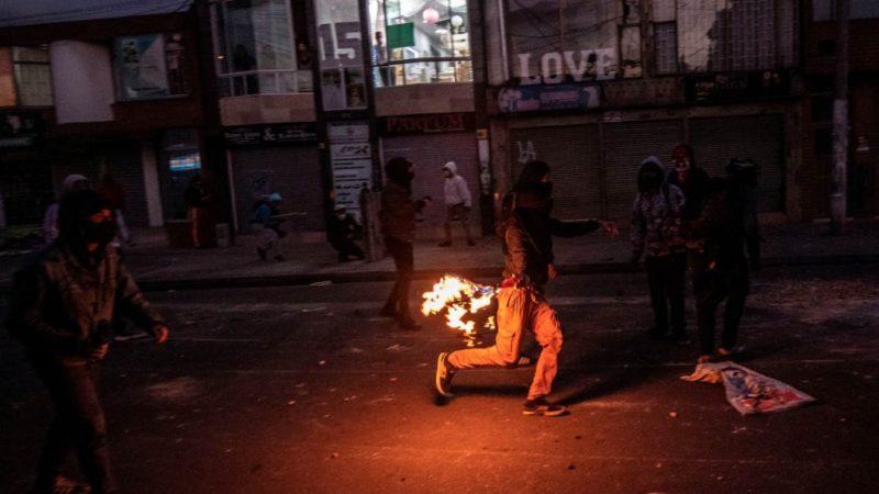 Colombia: continuano le proteste contro gli abusi della polizia