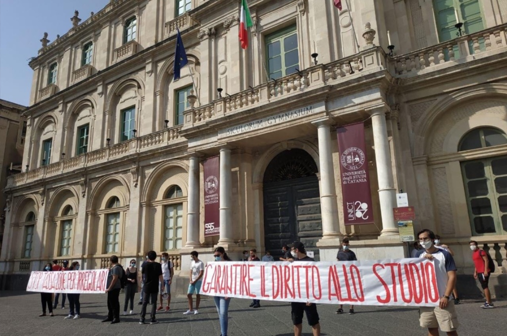 Catania: gli studenti ottengono la proroga del pagamento per gli irregolari