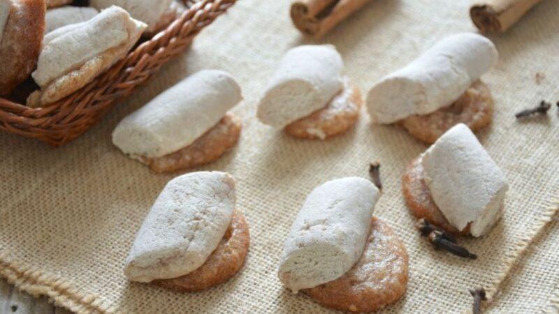 Ossa e muotti: i biscotti tipici per la festa dei morti