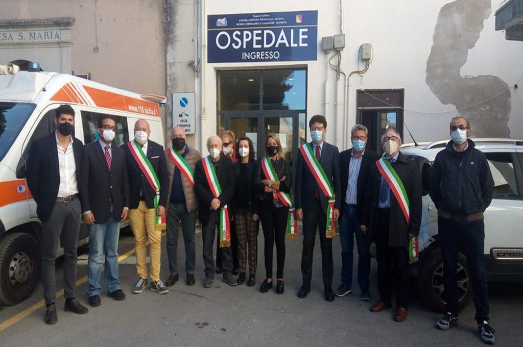 Protesta dei sindaci a Mistretta (ME): «potenziare l'ospedale»
