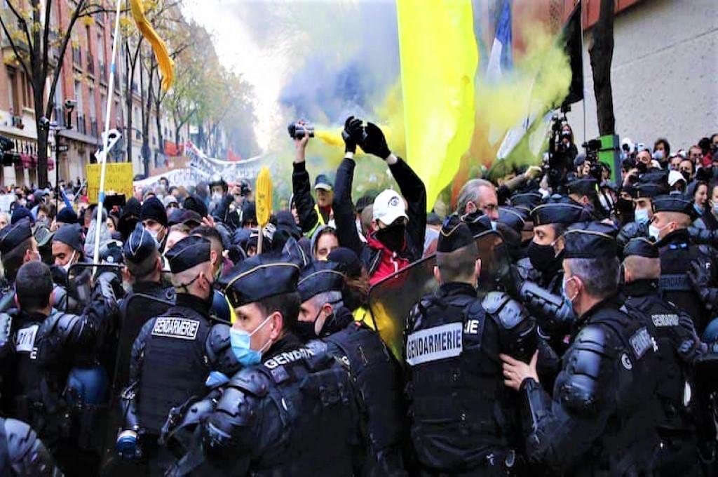 Francia, continuano proteste e scontri contro la Sécurité Globale