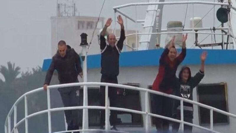 Finalmente a casa! L'arrivo dei pescatori al Porto di Mazara