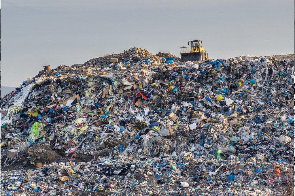 Il nuovo piano rifiuti rimane una boiata pazzesca