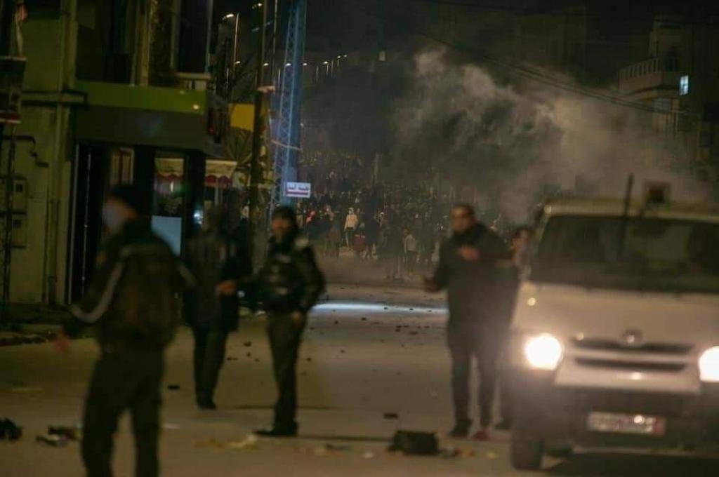 Tunisia: a 10 anni dalla primavera araba, scoppiano le proteste contro crisi e governo