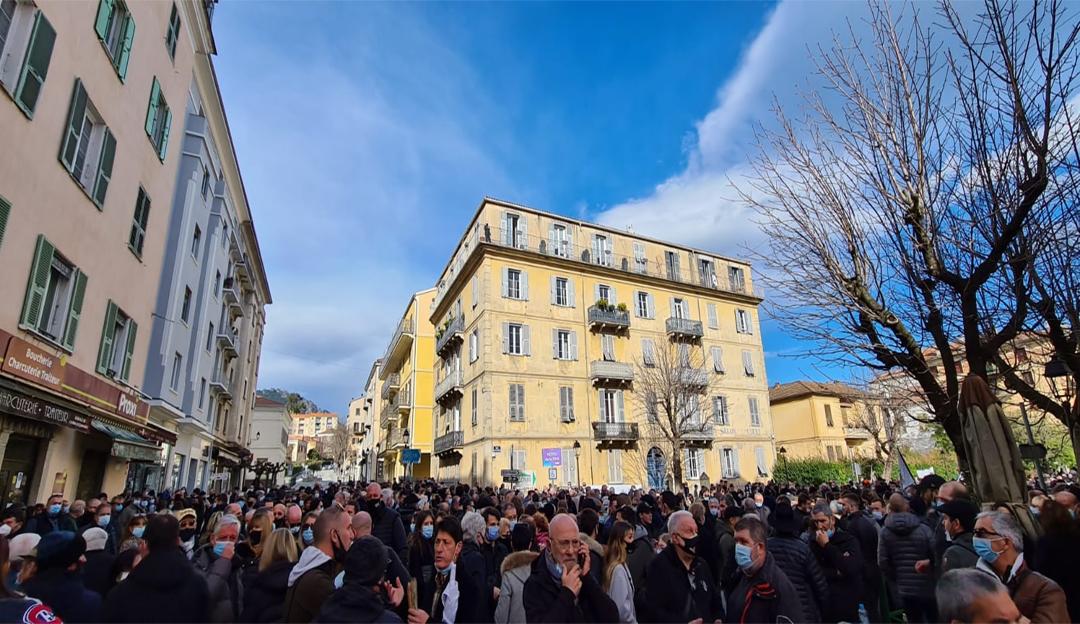 Cosa succede in Corsica? Intervista a un militante indipendentista