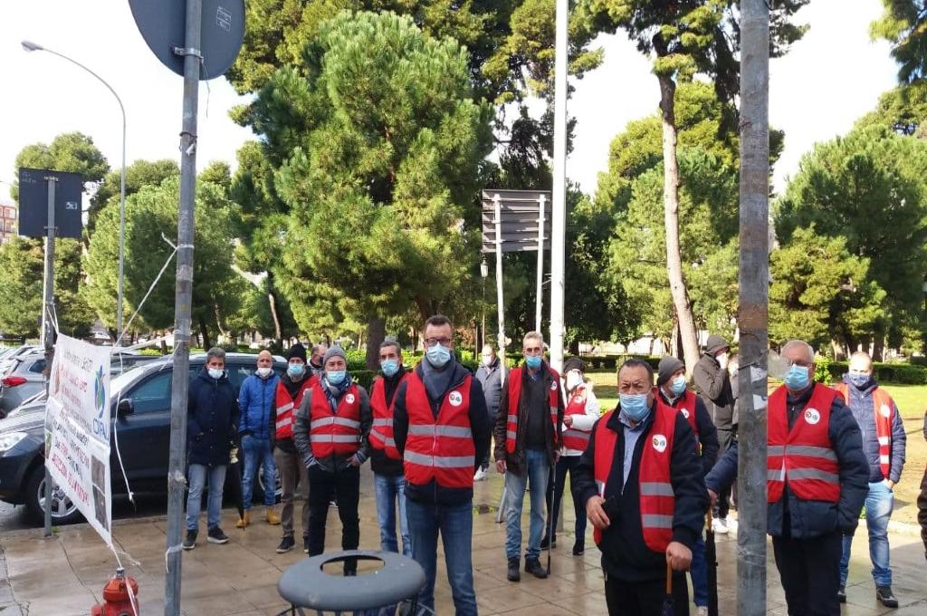 Sicilia: forestali in piazza per gli stipendi e la riforma del settore