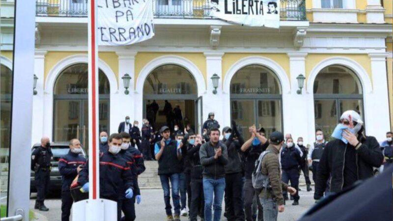Corsica, occupata la Prefettura: «libertà per i prigionieri politici»