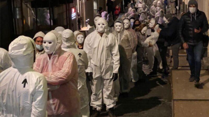 Catania, in piazza le categorie in crisi: «siamo i fantasmi del passato»