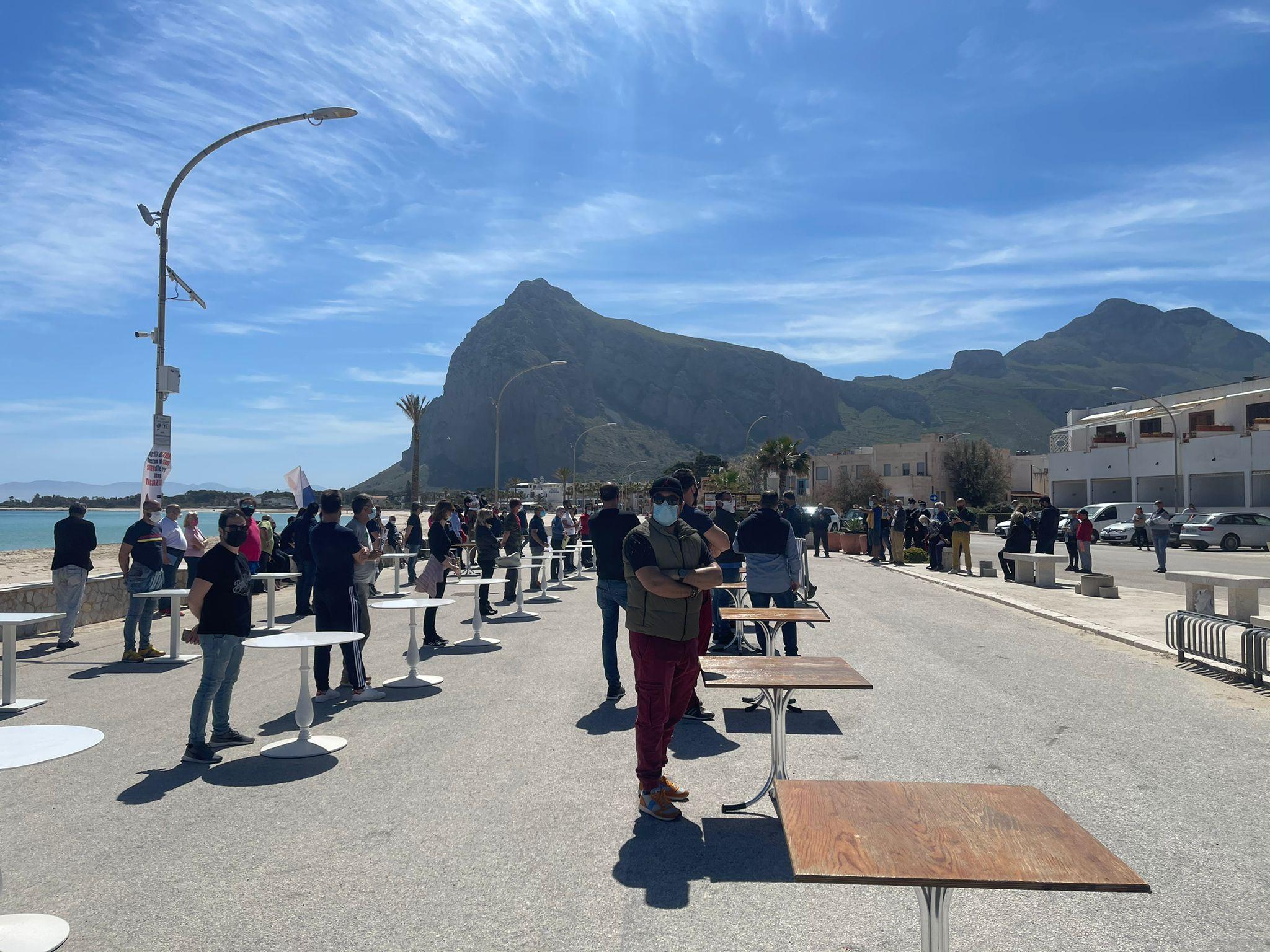 San Vito lo Capo (TP): flashmob per chiedere riaperture in sicurezza