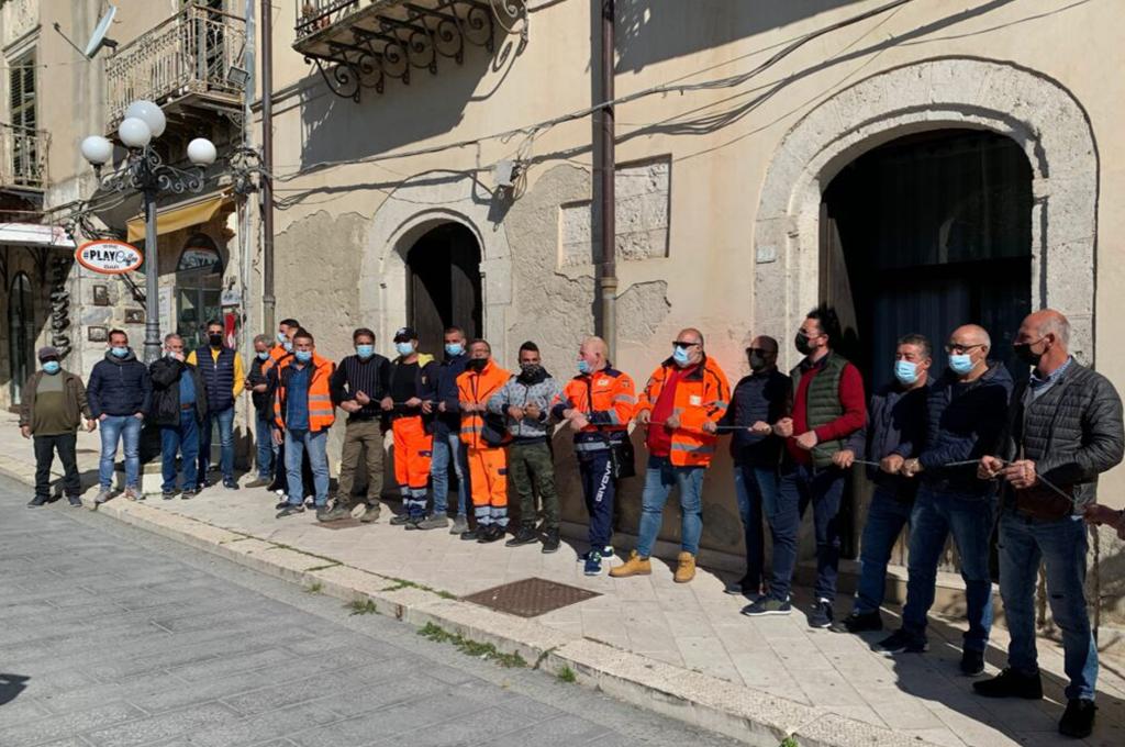 Favara (AG): in sciopero i netturbini senza stipendio