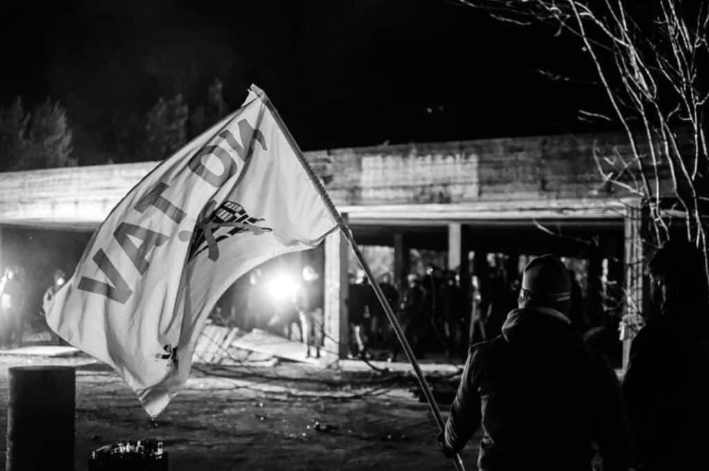 Valsusa: scontri tra NoTav e polizia. Solidarietà a chi difende il proprio territorio