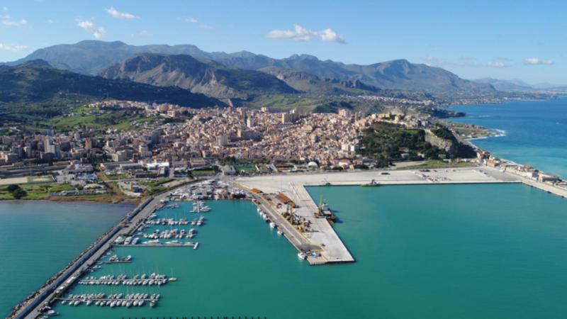Affaire Porto, la gestione aziendalistica di un'autorità pubblica pondera gli interessi della collettività?