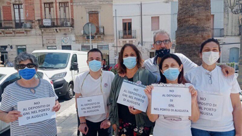 Porto di Augusta, NO al deposito di Gnl: sit-in del Comitato Stop Veleni