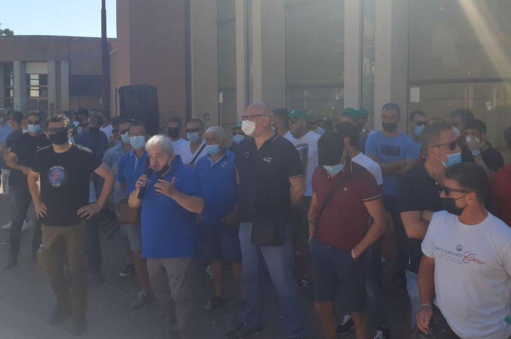Milazzo: operai Ram e A2A in piazza contro la liberalizzazione degli appalti