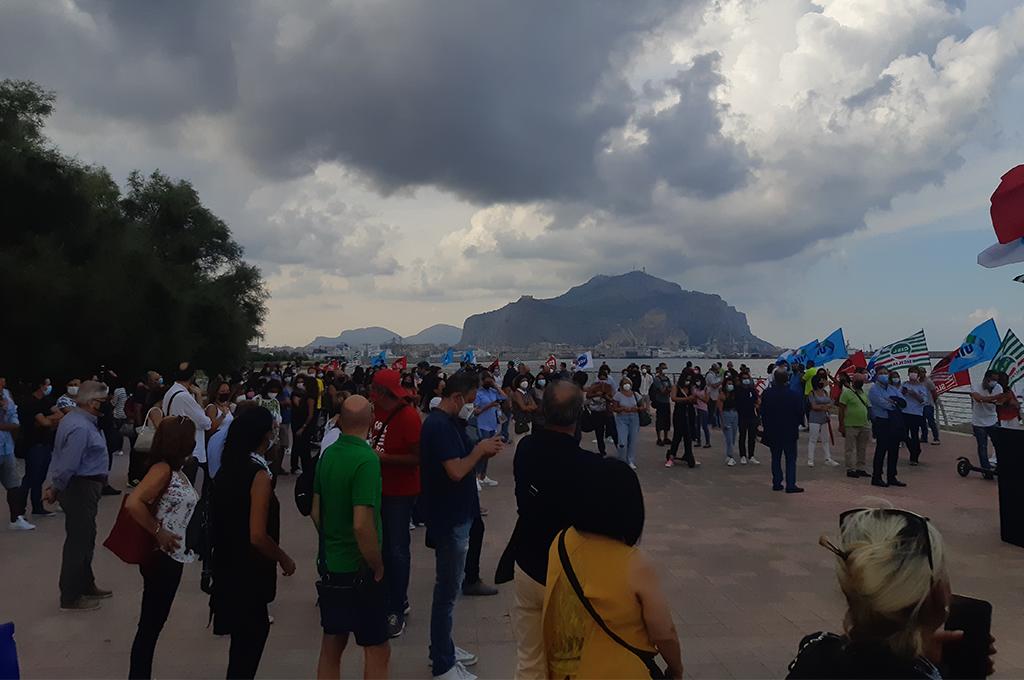 Vertenza Almaviva: assemblea pubblica a Palermo. Domani è sciopero